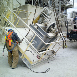 Remove bucket conveyor drive platform